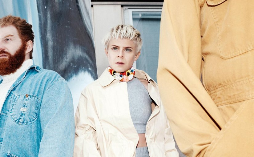 Robyn & La Bagatelle Magicque – Love Is Free trackreview