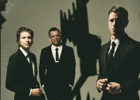 interpol-15th-anniversary-tour-turn-on-bright-lights-tickets.png